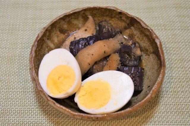 蒸しナスと茹で卵の和え物