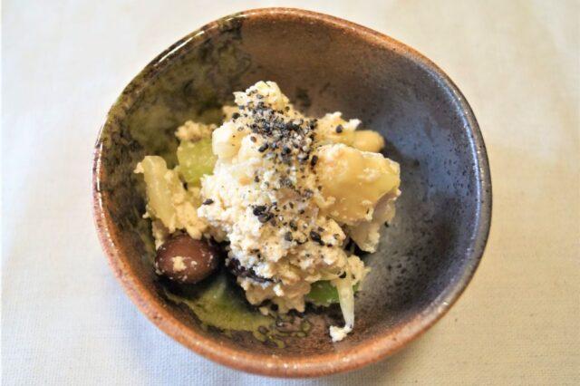 キャベツと豆の白和え
