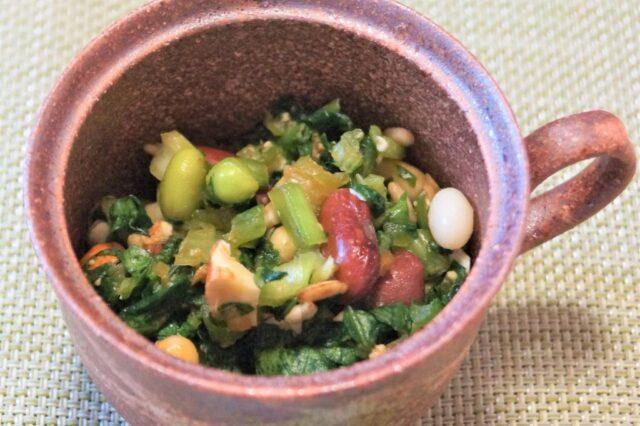 豆と小松菜のナッツ味噌和え