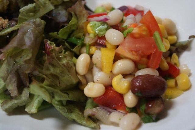 豆のミックスサラダ