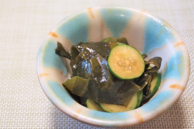 胡瓜とワカメの酢の物