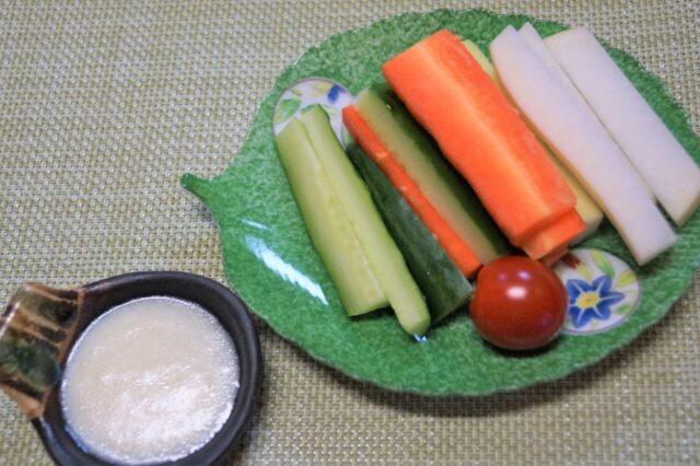 野菜スティック(ヨーグルトレモンソース)