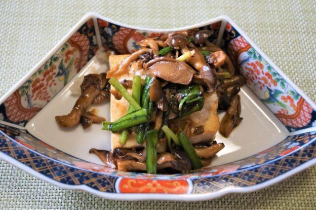 豆腐ときのこの炒め物