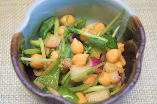 豆のスパイシーサラダ