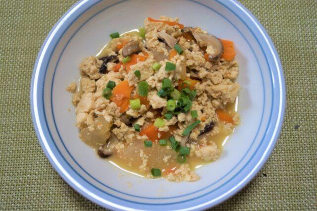 野菜たっぷり炒り豆腐